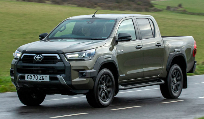Toyota Hilux - самый лучший и надежный пикап